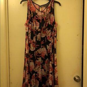 Beautiful sleeveless floral print dress